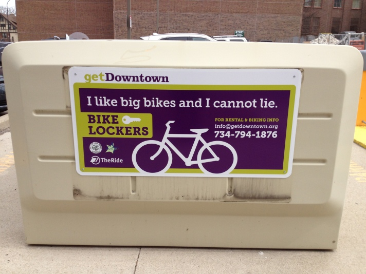 bike20locker20sign20pic